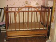 Продается детская деревянная кроватка